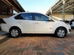 Fiesta sedan Class 1.6 - 2011