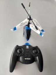 Helicóptero com controle