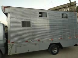 Bau para transporte de Cavalos - 2008