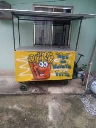 Barraca de batata frita com estufa