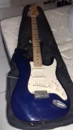 Guitarra e diversos acessorios