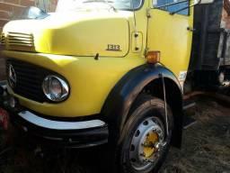 Venda caminhão ano 76 ganeleira