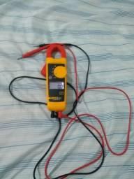 Vendo alicate amperímetro da fluke 985093609