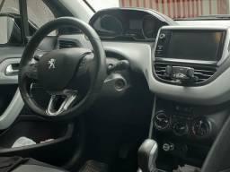 Peugeot 208 allure - 2013