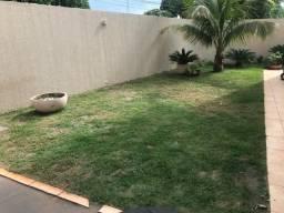 Sobrado 4 quartos sendo 1 suíte Setor Jardim Planalto Goiânia - GO