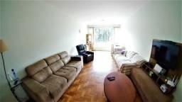 03 quartos + Dependência completa na Av. Roberto Silveira no Centro
