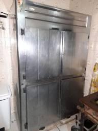 Freezer industrial (não funciona)