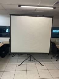 Tela para projetor retratil com tripe