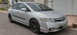 Honda New Civic 2009- Ótimo carro bonito e econômico. DUT em mãos!