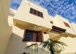 Título do anúncio: Residencial Mediterrani, 4 dormitórios, 3 garagens, 4 Banheiros, com pátio, condomínio Pis