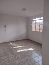 Título do anúncio: ALUGA - SE apartamento R$ 580,00.