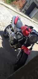 Vendo ou troco em algo de meu interesse moto em dias funcionando tudo recém revisada