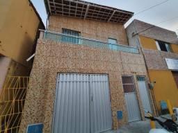 Título do anúncio: Casa Duplex na Av Zezé Diogo no bairro Serviluz