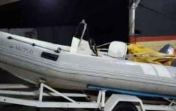 Título do anúncio: Lancha Yamaha,  bote _small boat , motor novo nunca usado