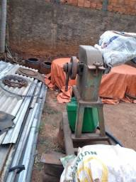 Título do anúncio: Maquina trituradeira cana.