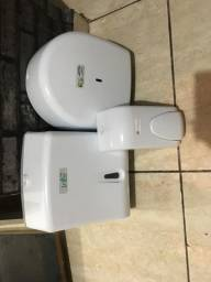 Porta kit higiene banheiro