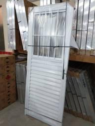 Título do anúncio: Porta Aluminio Branco - 499,99 - (Falar Com Willian)