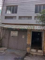Título do anúncio: Vende_se casa 3 andares com garagem,e ponto comercial frente de rua,Mata escura Salvador