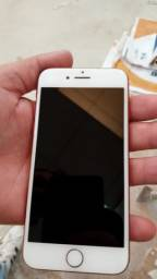 Vendo iPhone  7  1250 reais