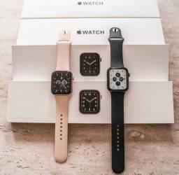 Título do anúncio: Apple Watch SE 40mm, Rosa e Preto. Até 18x