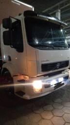 Título do anúncio: Caminhão Volvo VM 330 2012