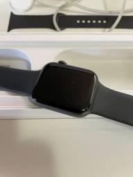 Apple Watch Serie 4 Preto- 44mm