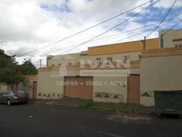 Apartamento para alugar com 1 dormitórios em Santa mônica, Uberlândia cod:677341