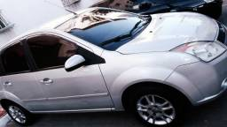 Fiesta hatch 1.6 2009 - 2009