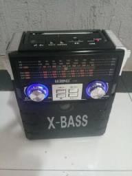 Radio Portátil AM/FM/SW com Entrada Usb, Cartão SD e TF, Pen Drive Bivolt automatico