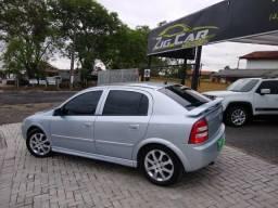 Astra Hatch 2011 motor 140 cv - 2011