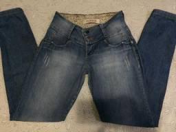 Calça jeans. Patogê original. Tamanho 38/40. Só venda!