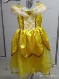 Vestido Fantasia Bela