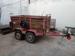 Vendo CARRETINHA R$ 3.000,00 ou troco - 2010