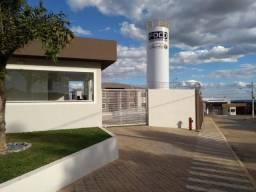 Aluga-se Apartamento 2 Quartos Novo Sem Burocracia no Parque Marajó - Valparaíso de Goiás