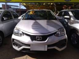 Toyota etios x 1.5 completao novissimo unico dono com gnv !