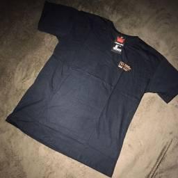 Camisas por R$24,99