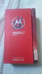 Caixa do moto z2 play