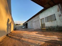 Barracão Industrial / Comercial 280m2 saída para Umuarama