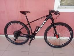 Bicicleta MTB aro 29 carbono