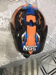 Título do anúncio: Vendo capacete estilo motocross .. semi novo protork