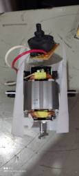 Título do anúncio: Motor liquidificador Britânia 220 volts