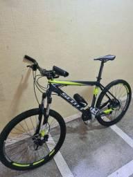 Bicicleta Scott Scale 70 (SLX, Deore e Rock Shox)