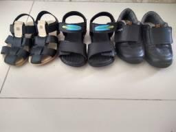 Sapatos infantis n24 e 25