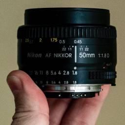 lente Nikon AF 50mm 1.8D impecável!!!