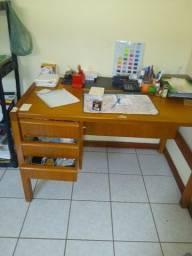 Mesa de escritório de madeira cerejeira