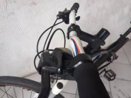 Bicicleta Ozarktrail pra sair rápido 700,00