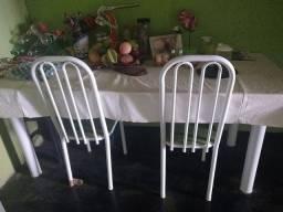 Título do anúncio: Vendo mesa de mármore com 8 cadeiras