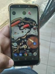 Moto e5plus 16GB e 2 de ram