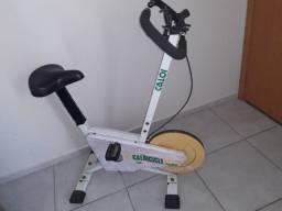 Título do anúncio: Bicicleta ergométrica caloi