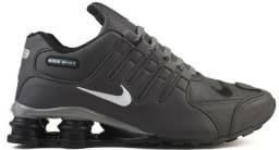 Tenis masculino Nike shox
